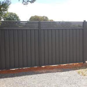 Good Neighbour Fencing with slats